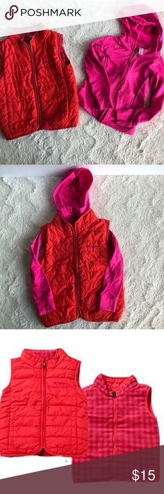Girls Columbia Vest Pre-owned in good condition small stain, pretty sure it will come out when wash.  Colombia fleece Reversible vest size 4T runs small fits more like a 2t retail for $22.99. All items are honestly presented to the best of my knowledge, and are stored in a non-smoking environment. Item is in great condition unless noted. No returns Columbia Jackets & Coats Vests