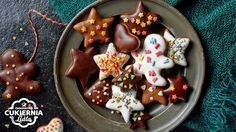 Pierniki Christmas Dishes, Christmas Candy, Christmas Baking, Christmas Cookies, Xmas, Polish Recipes, Polish Food, Lidl, Biscotti