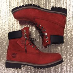 Men's Timberland Boots : Burnt red timberland boots. Red Timberland Boots, Timberland Outfits, Timberland Style, Timberland Classic, Timberland Fashion, Cute Shoes, Me Too Shoes, Shoe Boots, Ankle Boots