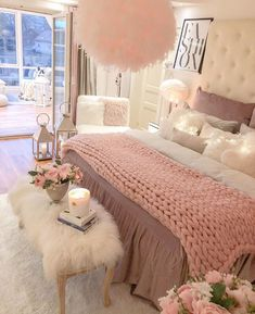 Account Temporary On Hold Lovely Sunday Tag a friend for inspo! A room should never allow the eye to settle in one place. It should smile at you and create fantasy home decor decoration salon decoration interieur maison Teen Bedroom Designs, Cute Bedroom Ideas, Cute Room Decor, Teen Room Decor, Room Ideas Bedroom, Girls Bedroom, Bedroom Decor, White Bedroom, 1980s Bedroom