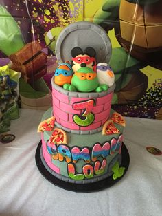 My baby's birthday cake was totally awesome. I thought I would share with others. I looked and looked for a cute girl Ninja turtle cake and I never found one I loved. So I thought of this. These are all of my daughter's favorite characters. ❤️