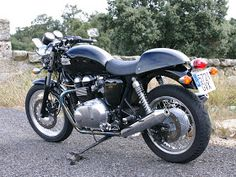 TRIUMPH TRUXTON 900 the best!