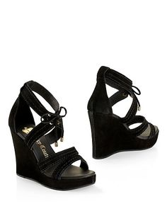 Dennie Wedge Heel