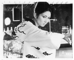 Wandering Ginza Butterfly (銀蝶渡り鳥) lobby card.