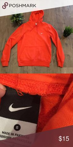 Old school Nike hoodie Old school Nike orange hoodie. Technically it's a men's small, but I originally got it for me  Nike Sweaters