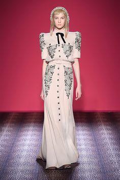 スキャパレリ(SCHIAPARELLI) Haute Couture 2014AWコレクション Gallery19