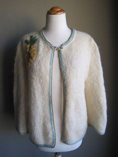 Vintage 50's Rockabilly Cream Applique Trim Mohair Wool Cardigan Sweater
