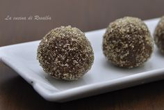 """Bon bon al cioccolato da """"La cucina di Rosalba"""" con zucchero di canna Tropical Eridania. #ricetta #bonbon #cioccolato #diy #zuccherodicanna #Tropical #Eridania #food #foodlovers #eridanialovers"""