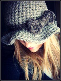 Bow hat.
