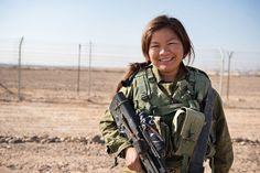 Ela têm 27 anos, descendente da tribo de Manassés e combatente do Tzahal