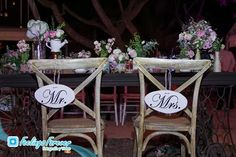 Letreros, sillas de novios, Mr., Mrs., wedding, vintage