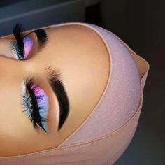Gorgeous Makeup: Tips and Tricks With Eye Makeup and Eyeshadow – Makeup Design Ideas Colorful Eye Makeup, Pink Makeup, Cute Makeup, Eyeliner, Eyeshadow Makeup, Makeup Brushes, Makeup Primer, Eyebrow Makeup, Easy Eyeshadow