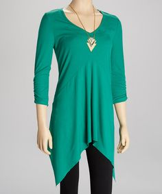 Emerald Sidetail Tunic & Gold Chevron Necklace