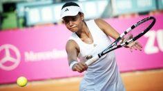 BCR Open Romania. Victorii spectaculoase pentru romance Tennis Racket, Romania, Mtb, Wordpress, Sports, Hs Sports, Sport, Mountain Biking