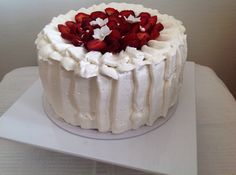 Strawberry cake Strawberry, Cake, Desserts, Food, Pie Cake, Tailgate Desserts, Pie, Deserts, Cakes
