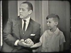 Larry Short on Art Linkletter TV show - 1963 Notice a young Carl Reiner, Jane Meadows, and Sebastian Cabot Vintage Videos, Vintage Tv, Tv Funny, Funny Kids, V Tv Show, Sebastian Cabot, Art Linkletter, Carl Reiner, Antenna Tv