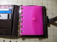 Tutorial for a folder in a Filofax or other binder ---AppleHead Threads--- (read ( Agenda Planner, Home Planner, Planner Pages, Printable Planner, Printables, Project Life, Perfect Planner, Patch Aplique, Planner Organization