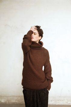 sometimes i miss  short hair. I love this brown jumper. I definately need a brown jumper.