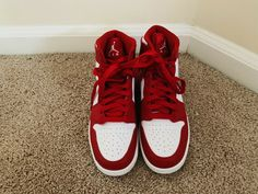 Nike Air Force 1 Kids Trainers Unisex Boys Girls UK Size 8.5 Red.
