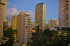 https://flic.kr/p/kB5zev | Honolulu Skyline