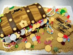 treasure chest cake by buttercreamfantasies.deviantart.com on @deviantART