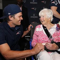 TB12 @ The Myra Kraft Community MVP Awards! #Congratulations