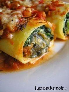 canellonis ricotta epinards Raw Food Recipes, Veggie Recipes, Appetizer Recipes, Vegetarian Recipes, Cooking Recipes, Healthy Recipes, Italian Dishes, Italian Recipes, Cannelloni Recipes
