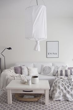 Soft home design | Black & Natural | Modern Minimalist Interiors | Contemporary Decor #inspiration #nakedstyle