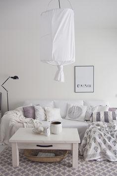 Soft home design | Black & Natural | Modern Minimalist Interiors | Contemporary Decor #inspiration #nakedstyle