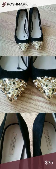Zara black  suede  heels New,no tag, display  shoes ,no damage, Price is firm Zara Shoes Heels