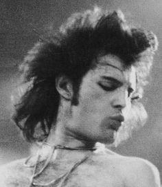Freddie Mercury, rock god.