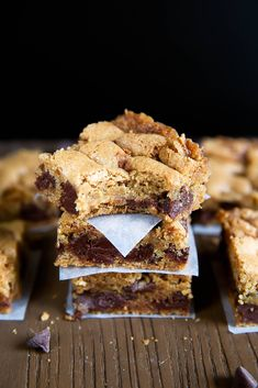 Gluten-Free Blondies - Broma Bakery Gluten Free Sweets, Gluten Free Diet, Foods With Gluten, Gluten Free Cookies, Gluten Free Baking, Sans Gluten, Gluten Free Recipes, Dairy Free, Loaf Recipes