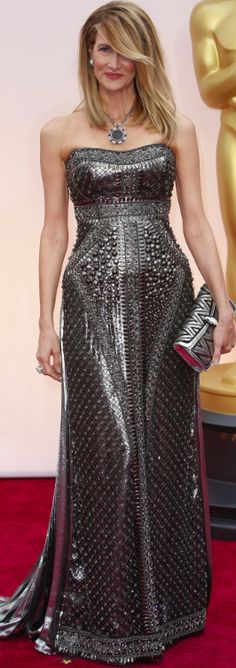 Laura Dern wears a gunmetal column designed gown by Alberta Ferretti at the 2015 Oscar Awards….stunning!!