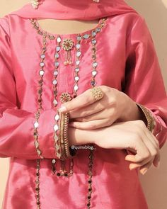Pakistani Dresses, Indian Dresses, Chocolate Tumblr, I Hate Love, Neckline Designs, Casual Suit, Embroidery Fashion, Girls Dpz, Nice Dresses