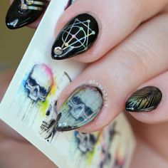 Lanie Buck: DIY Manicure- Holographic Black Skull Nails