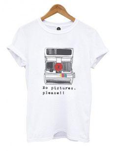 Camiseta cámara polaroid de Doctor Fake