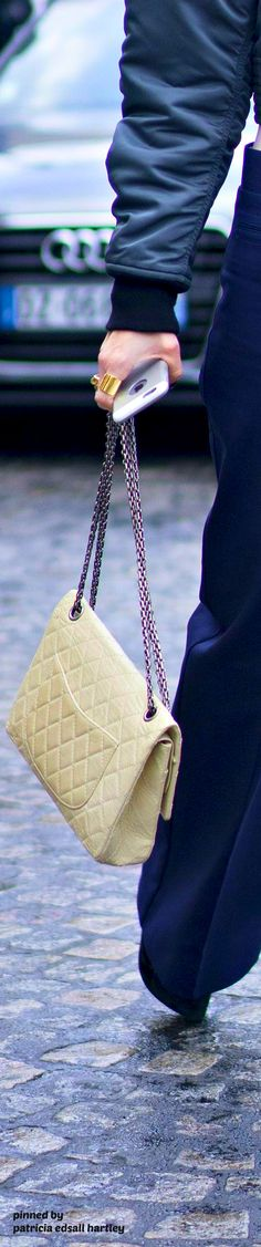 Chanel Chanel Street Style, Coco Chanel, Purses And Bags, Handbags, Accessories, Totes, Purse, Hand Bags, Women's Handbags