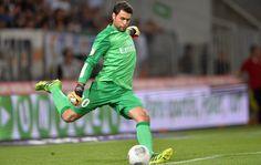 Salvatore Sirigu -  PSG #ParisSaintGermain #PSG Italy #Italia #ItalyNT #Azzurri #Goalkeeper #Goalie #Football #Soccer