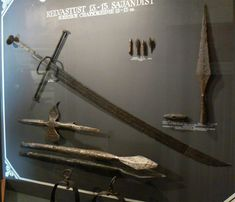 Kriegsmesser - a 15th century German design. Story goes that swords were outlawed for peasantry, but they could still carry knives. The definition of 'knife' at the time, however, was a little weird, and this thing technically qualified. Kriegsmesser literally translates as 'war knife'.