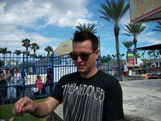 Blink-182 (Mark Hoppus). Sábado, 26 de septiembre. West Palm Beach, Florida (Cruzan Amphitheater).