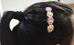 M Peineta con flores de abalorios