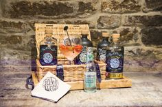 Gin lovers rejoice! #DevonshireArms #DevonshireLife #Beeley #Derbyshire #Chatsworth #ChatsworthEstate #pub #gastropub #gin #ginandtonic #PeakDistrict #travel #foodie #artisan