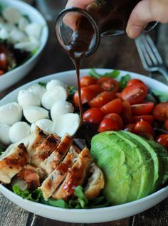 Healthy Recipes - A Quick Easy Dinner for two, Avocado Caprese Chicken Salad topped with a light Balsamic Vinaigrette. The perfect Salad recipe for summer that only takes 15 minutes! Healthy Snacks, Healthy Dinner Recipes, Healthy Eating, Clean Eating, Cooking Recipes, Healthy Tips, Vegetarian Recipes, Quick Recipes, Cooking Corn