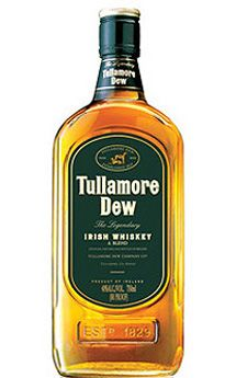 Tullamore Dew Irish Whiskey, $59.00 #fathersday #gifts #whiskey #1877spirits Irish Whiskey, Bourbon Whiskey, Scotch Whisky, Irish Drinks, Irish Toasts, Alcohol Bottles, Alcoholic Drinks, Beverages, Cocktails