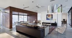 Gallery of Lakehouse Residence / Max Strang Architecture - 11