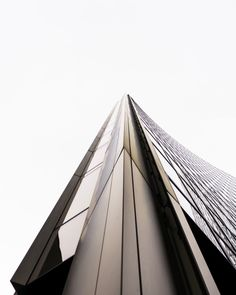 Willis Building, London. More on http://theedgecollection.com