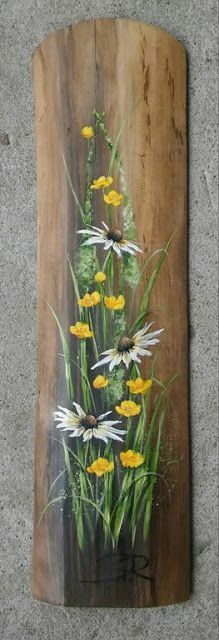 Daisy painting on wood. Pallet Wall Art, Pallet Painting, Painting On Wood, Wood Paintings, Fence Painting, Daisy Painting, Tole Painting, Painting Flowers, Painted Boards