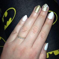 #white #and #gold #nails #nailsart #batman