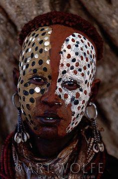 Africa   Karo Tribe, Lower Omo River, Ethiopia   ©Art Wolfe