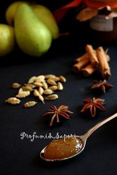 Confettura di pere al caramello e spezie